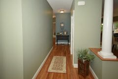 18-Jen-Drive_Foyer-hallway-scaled