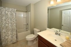 20-Jen-Drive_Bathroom-Upper-scaled