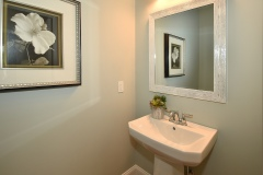 652-Dart-Hill-Rd_Bathroom-Half