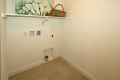 652-Dart-Hill-Rd_Laundry-room